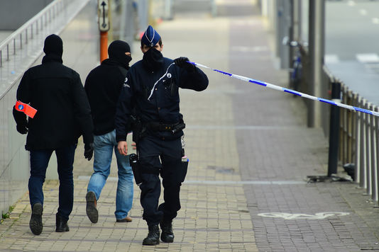 Ecoutons les agents de terrain dans la lutte contre le terrorisme – Notre chronique dans Le Monde